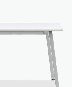 casala wishbone III table