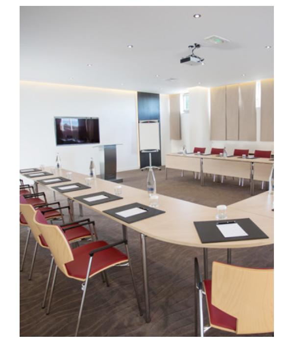 casala lynx I chair case study hotel miramar